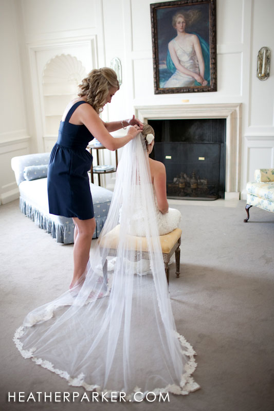 bridal suite in boston wedding mansion crane estate on castle hill