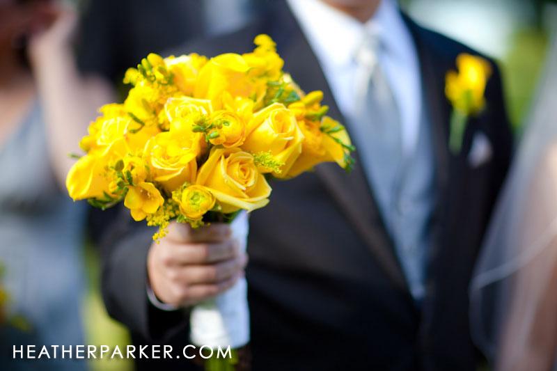 bride bouquet yellow