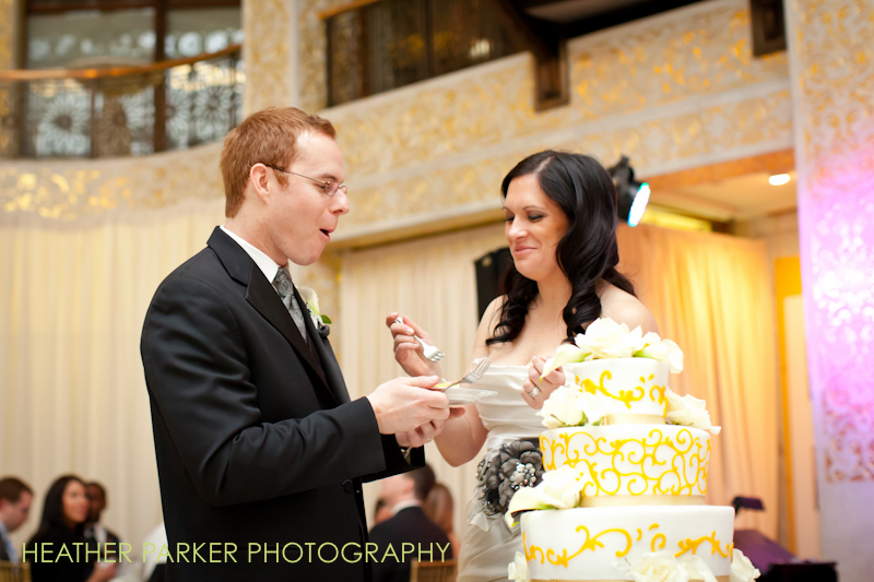 Chicago wedding caterers Jewell Events cake at the rookery building