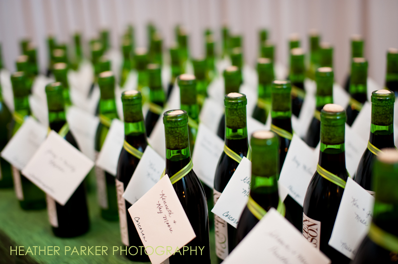wedding favors wine