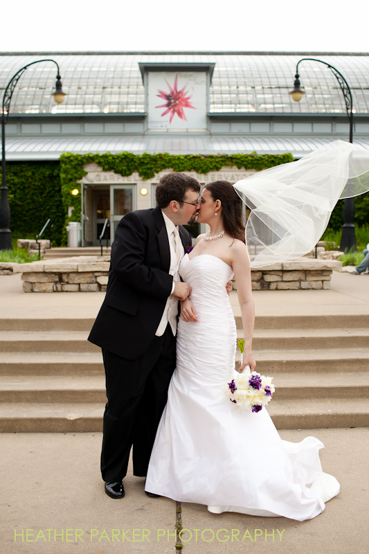 Garfield Park Conservatory wedding photography by photographer heather parker