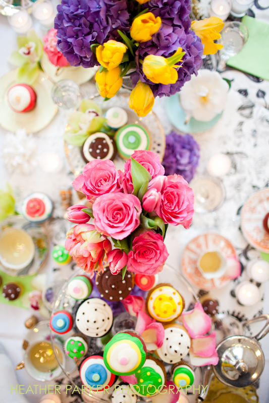 wedding florist and flowers for tablescapes receptions and ceremonies with cupcakes