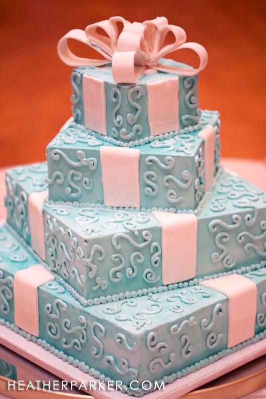 wedding cake designs tiffany blue boxes