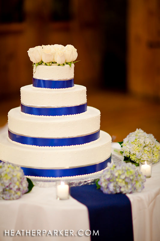 Nantucket coastal new england style wedding cake