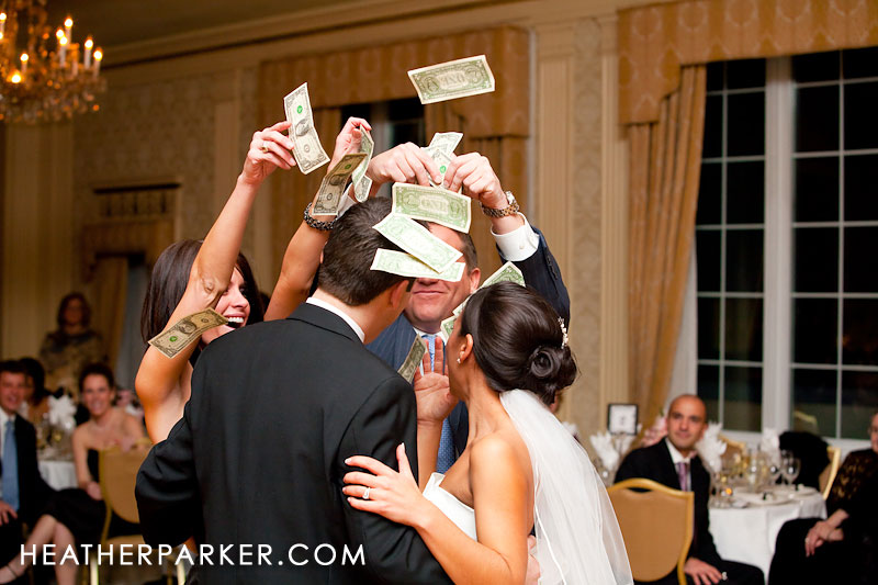 wedding traditions with the dollar dance